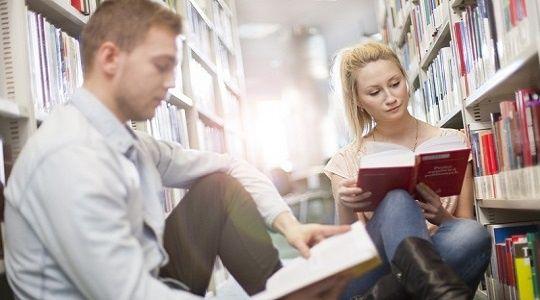 Prawa Obywatelskie – Znam, rozumiem, korzystam! <br>Najzdolniejsza młodzież powalczy o indeks Uczelni Łazarskiego