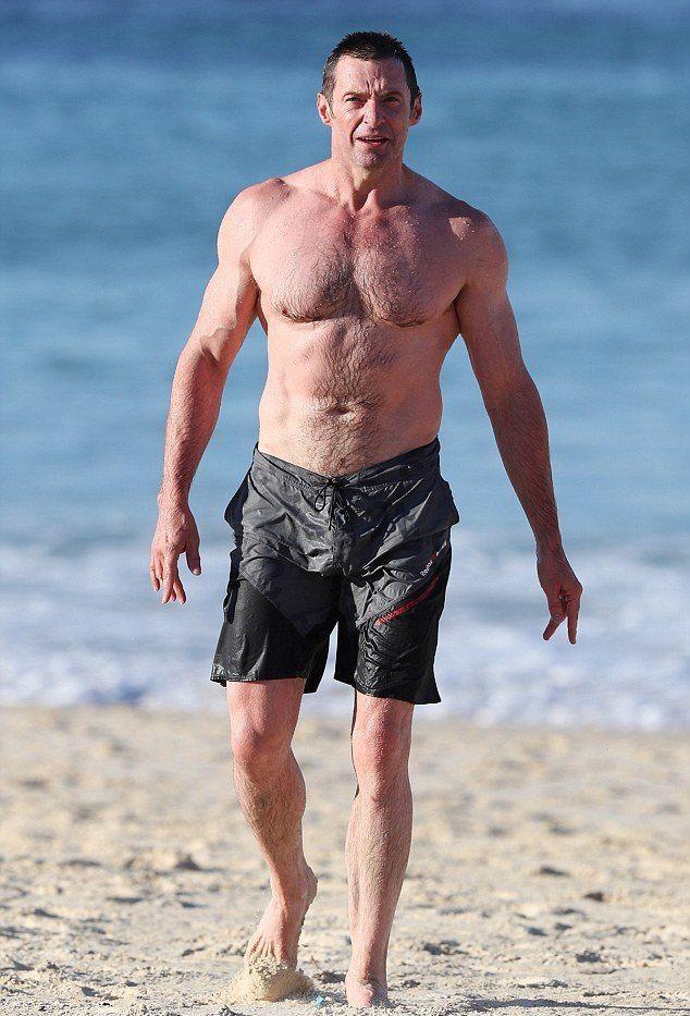 Loving naked men: Hunk of the Day: Gerard Butler