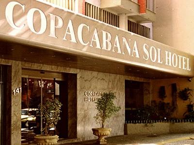 Copacabana Sol Hotel é uma ótima opção de hospedagem se você procura um hotel bem localizado, com acomodações confortáveis e serviço impecável no Rio de Janeiro. Conheça o hotel e aproveite suas comodidades, como sala de reuniões, internet wireless em todas as áreas e café da manhã incluso na diária.