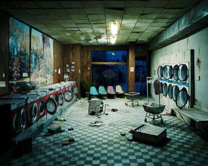 .: Miniatures, Posts Apocalyptic, Loris Nix, Lorinix, Magazines Art, Laundry Rooms, The Cities, Fashion Blog, Dioramas