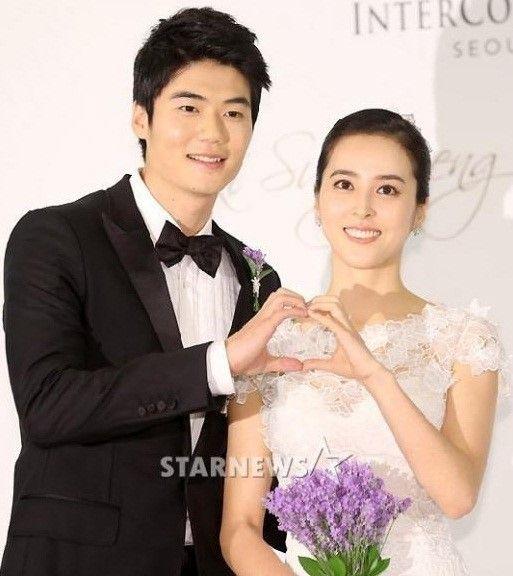 Han Hye Jin-Ki Sung Yong, Trip To Japan After Marriage Paperwork  | The Han Hye Jin-Ki Sung Yong couple made a short trip to Japan before their wedding. | Link: http://www.kpopstarz.com/articles/33306/20130703/han-hye-jin-ki-sung-yong-trip-to-japan.htm