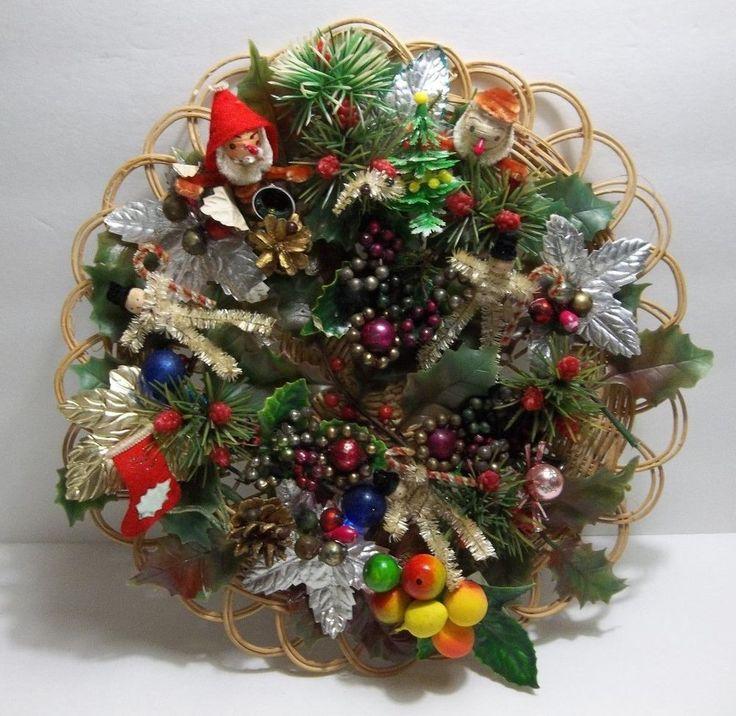 Vintage Christmas WREATH Spun Cotton SANTA Chenille