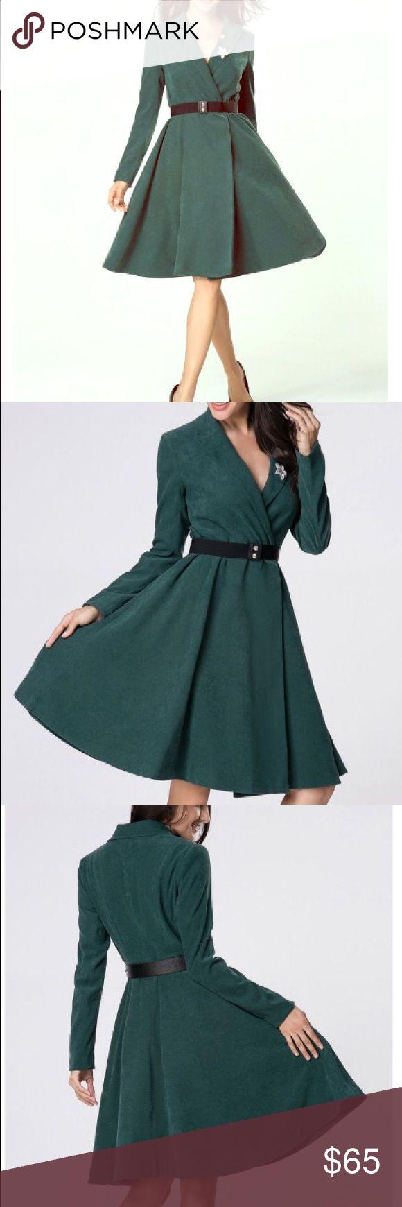 Lapel plain swing green trench coat Beautiful green trench swing coat, midi Jackets & Coats Trench Coats