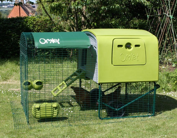 The Eglu Cube Chicken Coop By Omlet No Wood No Rot Super Easy To Clean For My Future Chickens