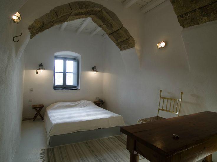 Cycladic Style Bedroom at Villa Ariadni in Kithyra; http://instylevillas.net/property/ariadni-villla-kythira/