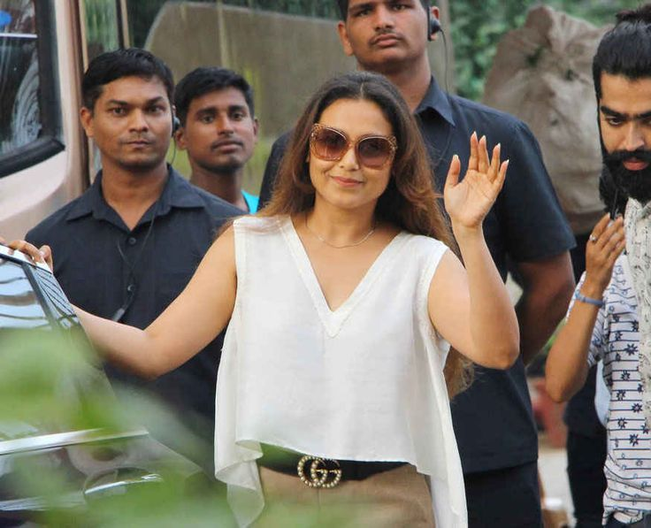 bollywoodmirchitadka: Rani Mukerji at Shukasha In Bandra