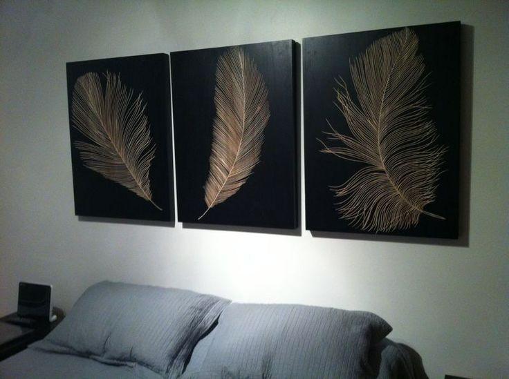 Trio de solitarios moyen, de 80 cm. alto x 60 cm. ancho, un complemento perfecto para ir sobre una cama.  Compartido por Andres Habibe