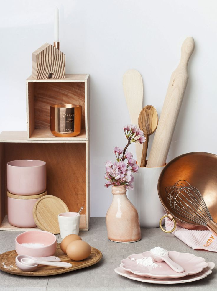 Copper + Dusky Pink - styled by Vanessa Nouwens. Photography by Mike Rooke. Your Home & Garden November 2013.