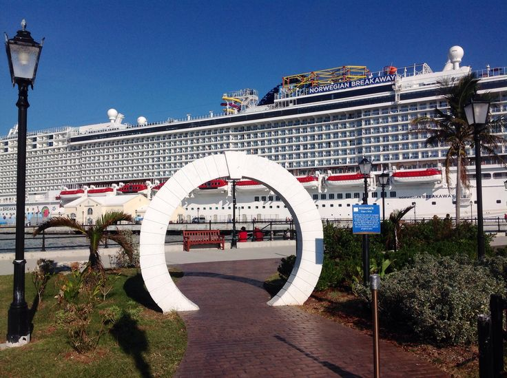 #NorwegianBreakaway docked at King's Wharf in #Bermuda