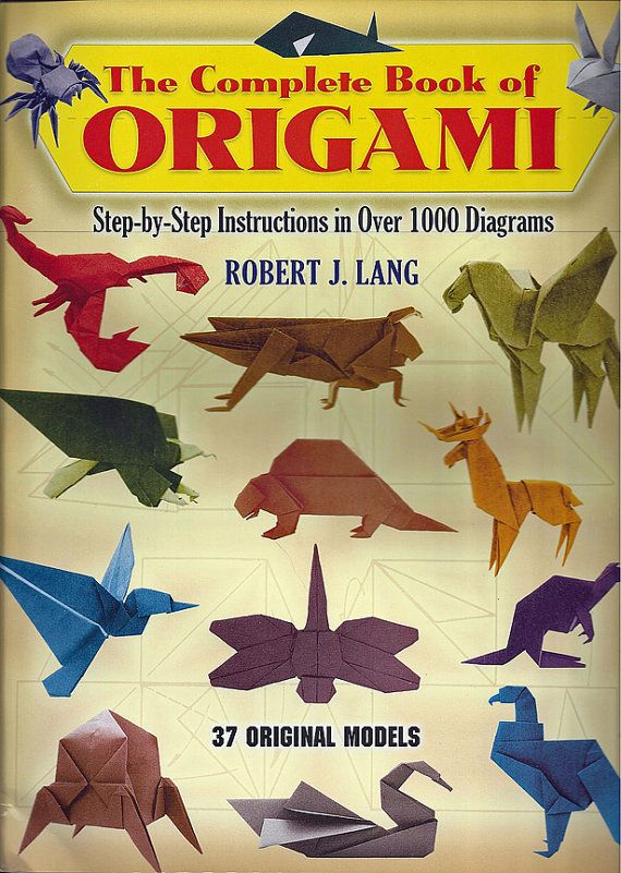 37 fabulous origami figures offer inspiration and challenges for both novices and experts. Hours of enjoyment await with this big book of origami fun. Whether youre an experienced paperfolder or youre just entering the origami world, youll find captivating models galore right here, in