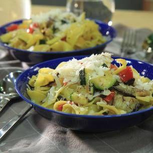 Grillad pasta m grönsaker