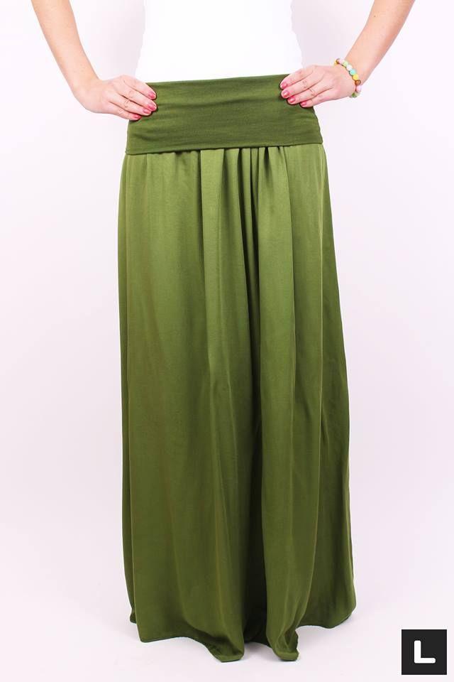 Moderná maxi sukňa zelená doplní Tvoj šatník. Dámska maxi sukňa, ktorej materiál Ťa jemne pohladí. Sukňa do krásneho počasia zelenej farbe vhodná na bežné nosenie. Sukňa sa hodí pre všetky typy postáv, v páse sa ľahko natiahne a prispôsobí postave.