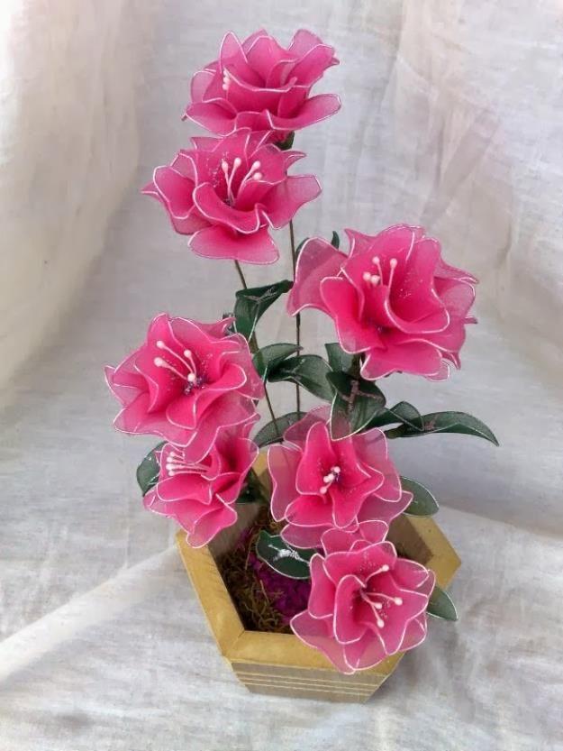 Flores de meia de seda                                                                                                                                                                                 Mais