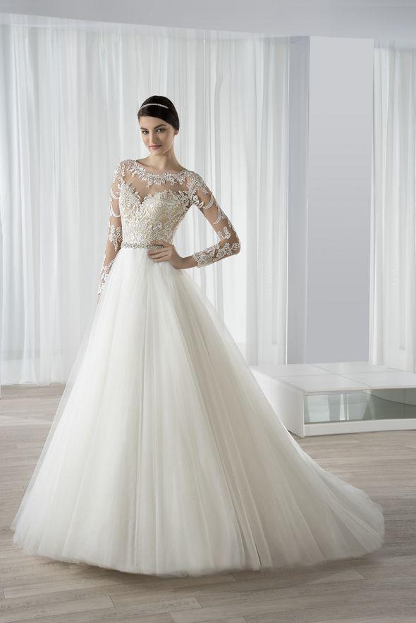 Νυφικά Φορέματα Demetrios 2016 Collection - Style 591