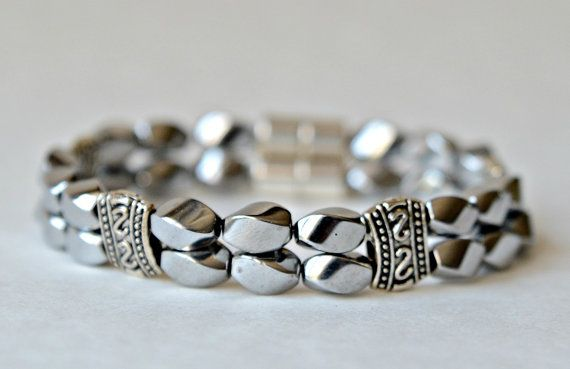 NEW SILVER MAGNETIC Bracelet. Silver twist by AussemBoutique – Schmuck basteln
