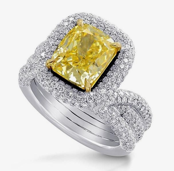 Cute Amazing GIA Certified Yellow Diamond Wedding Ring in K White Gold http