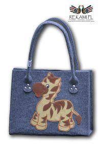 Dziecięca torba filcowa z konikiem. Zapraszamy na zakupy http://sklep.rekami.pl