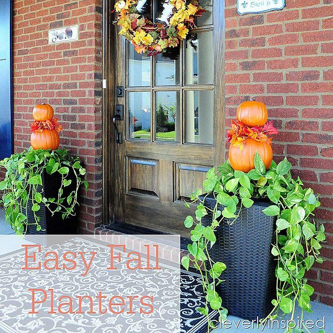 Easy Fall Planter (Outdoor Fall Décor)