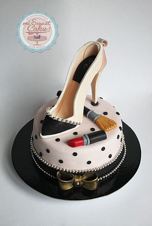 misweetcake ♥ Cake Design: Shoe Cake / Bolo Sapato Senhora / Make up    https://www.facebook.com/misweetcakedesign/ https://www.instagram.com/misweetcake/