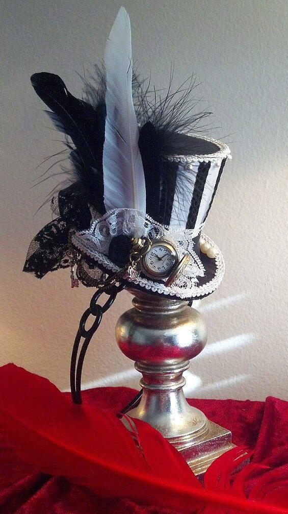 Alice in Wonderland Mad Hatter Humbug Black & White Stripe Night Circus Mini top hat Steampunk hat