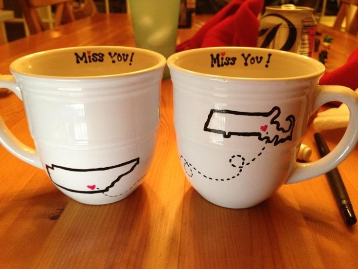 State silhouettes on ceramic mugs to tell a friend who's moved away how much you miss them. Tutorial for writing or drawing on ceramic.