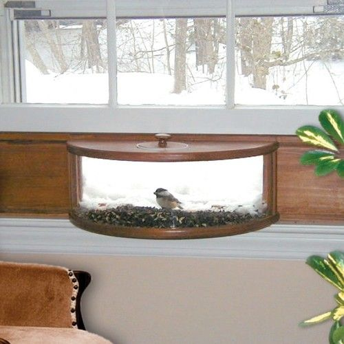 I would LOVE to have this in a breakfast nook! Coveside Panoramic in House Window Bird Feeder