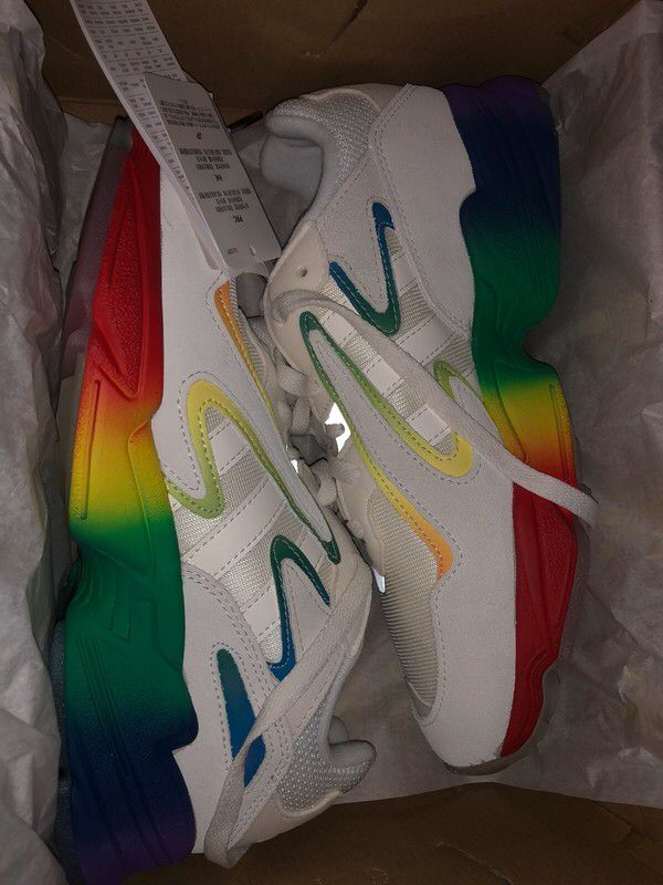 Kolorowe Buty Yung 96 Chasm Adidas Z Mojej Szafy Rozmiar 40 5 Za 300 00 Zl Zobacz Https Www Vinted Pl Kobiety Inne Obu Sneakers Nike Saucony Sneaker Shoes