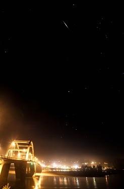 Al Dee Sollinger - Google+ - Waldport Oregon at Night Fog rolling in brings a hazy glow…