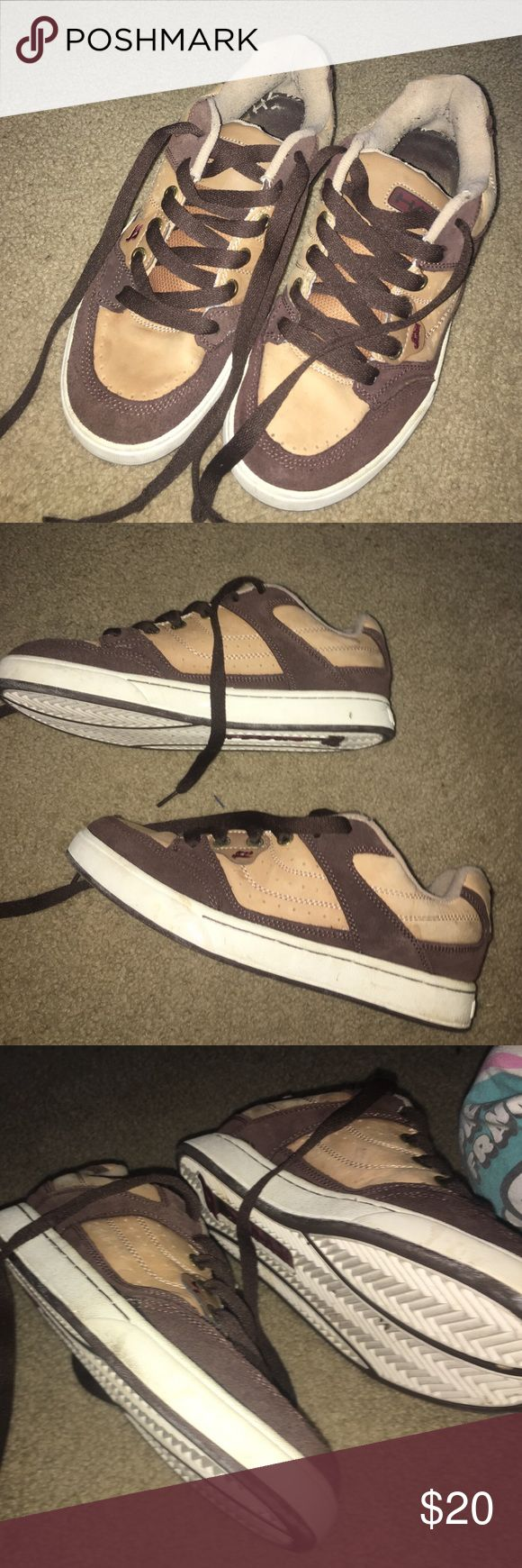 Tony Hawk Sneakers Men's 8. Almost new condition they've been worn 2-3 tony hawk Shoes Sneakers