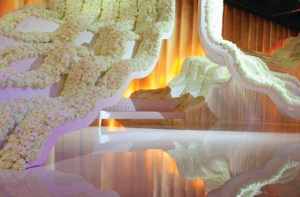 Dubai Wedding Decoration http://www.designlabevents.com