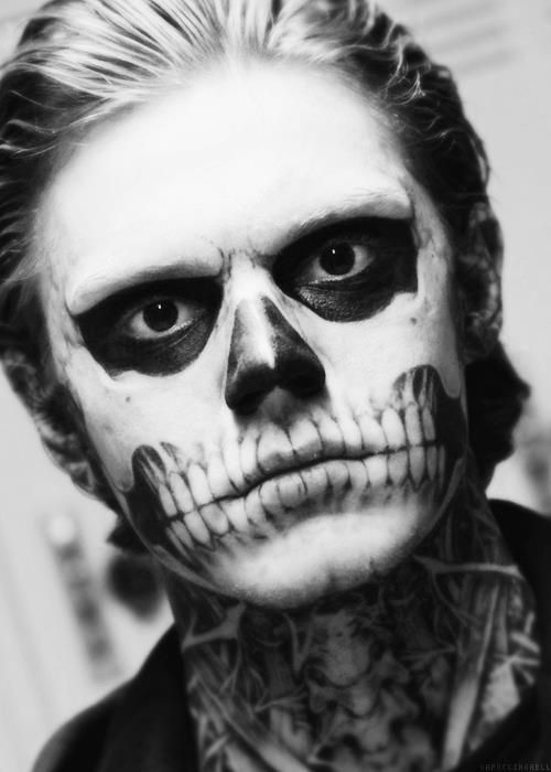 "American Horror Story - ""Tate"" (Evan Peters) - this is the look i need for halloween :3 the skeleton face"