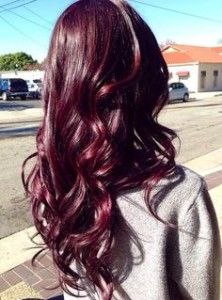 Beautiful burgundy hair - What is the difference between mahogany and auburn hair color? Read about the different shades of red hair color here.