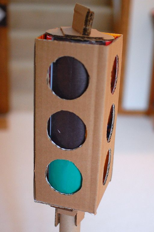"""Another pinner said: """"Stoplight....a green light to learning basic traffic rules...there are also traffic signs and ideas for gas pump, cars and car wash. Great resource!""""...I like it for behavior or noise control for group activities tho"""