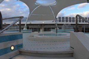 Pool deck - MSC Sinfonia