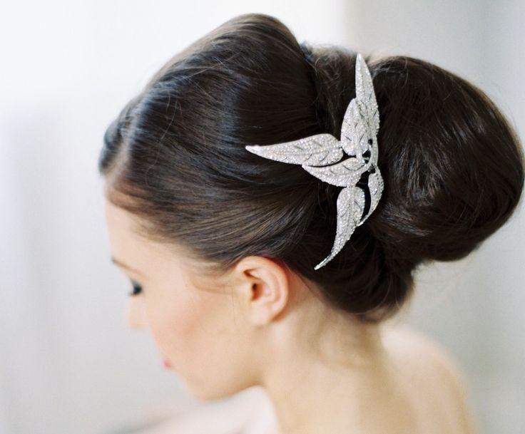 Beautiful bridal accessories #weddingstyle #weddings #bride #accessories www.hopeandgrace.co.uk