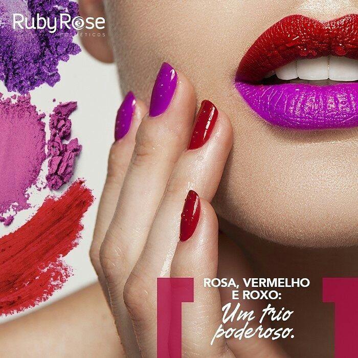"""@loja100porcentomake @rubyrose_oficial -  Dia do Dia!��  Todas nós sabemos do poder da maquiagem composta por roxo, vermelho ou rosa, e sabemos também que as combinações entre essas cores devem ser muito bem executadas. Para não fazer feio, segue algumas dicas: - Evite aplicar sombra roxa nas pálpebras superiores e inferiores desacompanhada de um delineador preto para evitar a impressão de """"olho roxo"""". - O versátil rosa, aplicado durante o dia, pode dar um efeito fresh se usado com sombras…"""