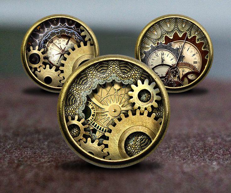 Gli ingranaggi di orologio di Steampunk / manopole Vintage bronzo comò armadio comò manopole pull / pomelli per mobili di GibbsHouse su Etsy https://www.etsy.com/it/listing/277273382/gli-ingranaggi-di-orologio-di-steampunk