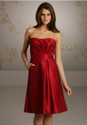bridesmaid dresses with pockets!