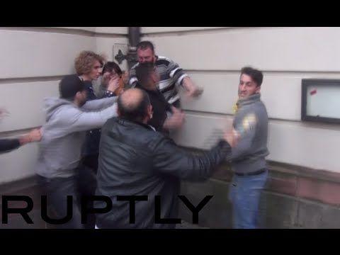 Turks vs Kurds in brutal Frankfurt street-fight: Knives & bottles brandi...
