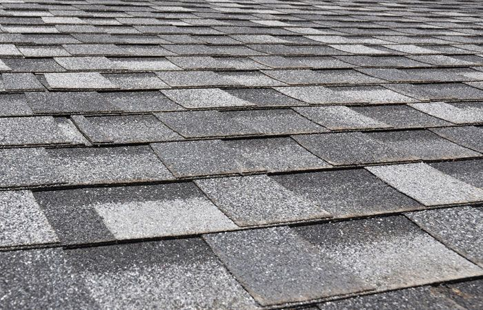 Asphalt Shingles Contractors Bronx Are All Here To Make Your Worries Go Away When It Comes To The Asphalt Shingl Roofing Roof Shingles Installing Roof Shingles