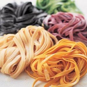 #pastaleonessa #italiagolosa How to Make Fresh Pasta #coloredpasta #tagliatelle #spinachtagliatelle