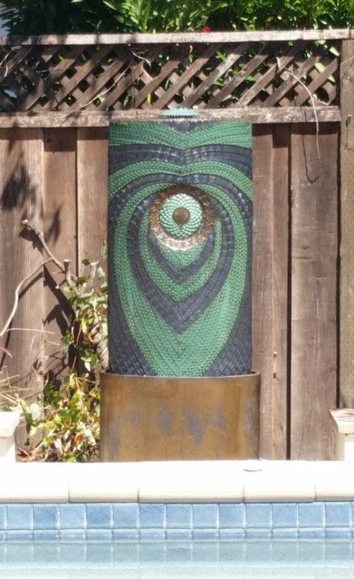Wing Outdoor Fountain Green/Black/Bronze \u2013 5\u2032 (3\u2032 Top, 2\u2032 Basin