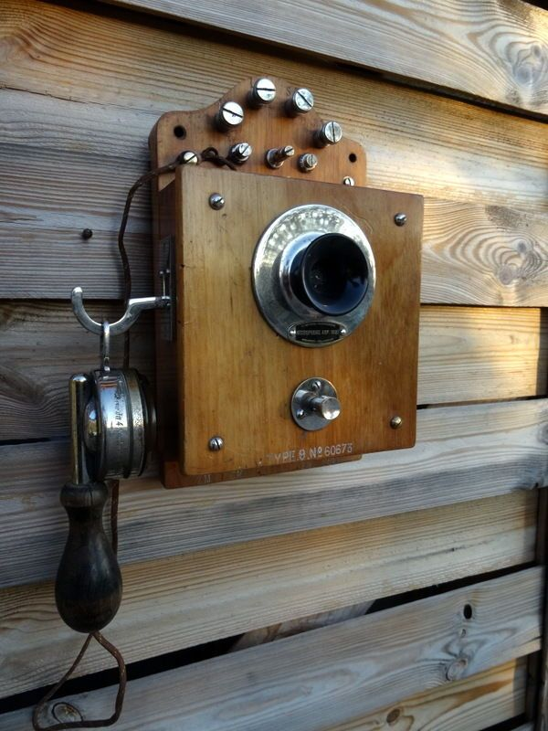 Ancien telephone mural antique vintage old phone alte antik telefon deco loft - Vaisselier mural ancien ...