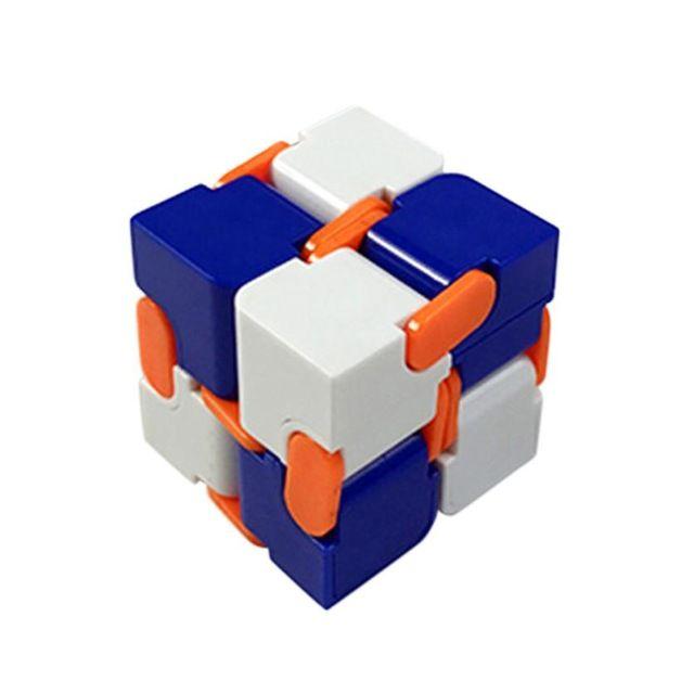 Biało-niebieska //Cena: $14.00 & Zawsze darmowa dostawa! //     #SpinnerLandia