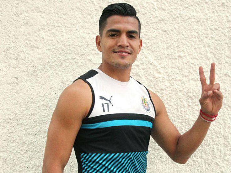 EL TRIPLETE DEL 'CHAPO' SÁNCHEZ El nacimiento de su hija María, y los campeonatos de la Liga MX y la Copa MX son los mayores logros del lateral derecho. Su familia nunca dudó de su talento para jugar futbol.
