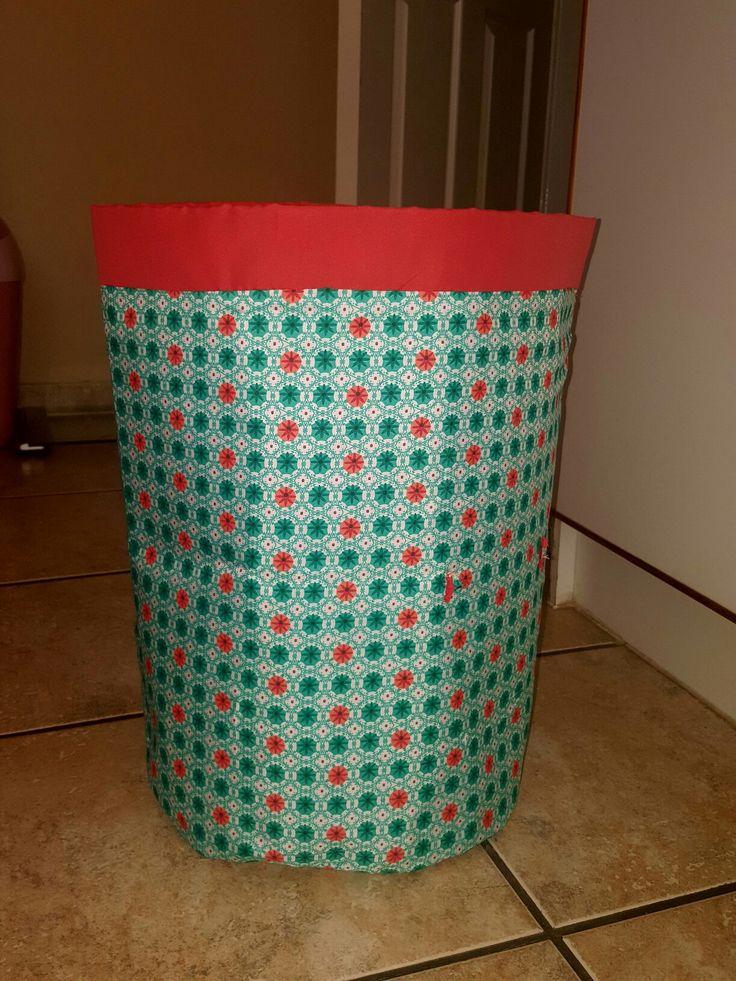 Lawndry bin