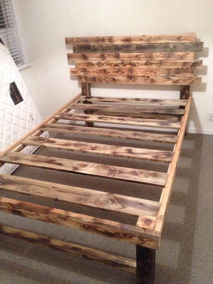 Diy Platform Pallet Bed With Headboard Wooden Pallet Beds Diy Pallet Furniture Pallet Bed
