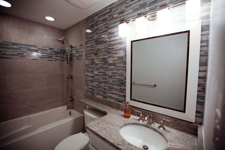springfield, virginia 5x8 bathroom remodel. www.danielsremodeling