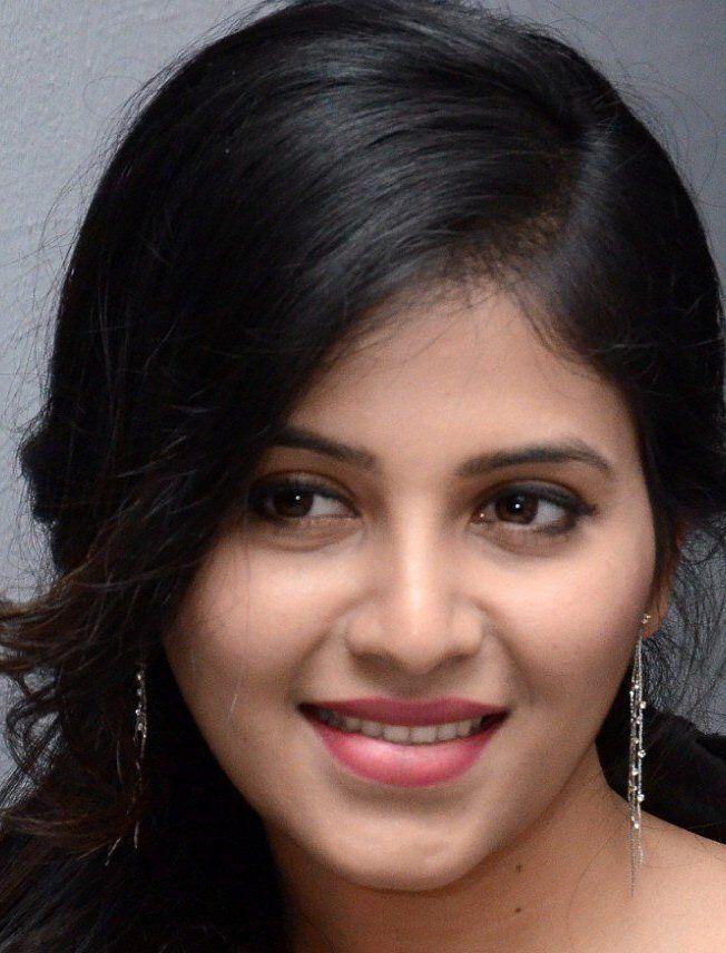 Telugu Actress Anjali Cute Face Close Up Photos Beauty Girl Beautiful Indian Actress Beauty Face Anjali full hd wallpaper