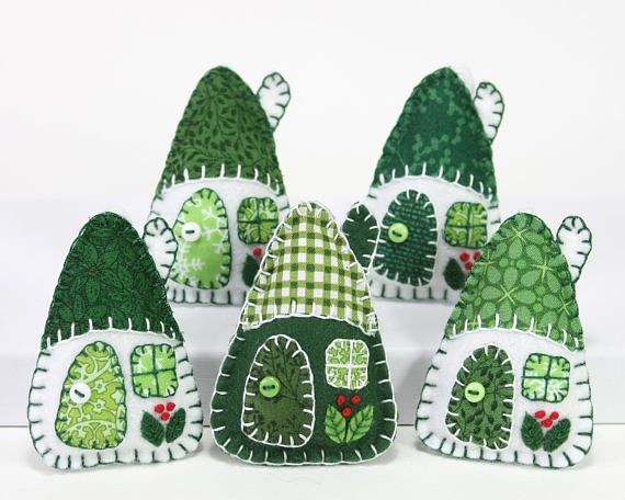 ***Last order dates for Christmas Delivery; Australia, Canada, ROW 5th Dec, USA 8th Dec, UK and Europe 15th December.*** Green and white felt Christmas ornaments. Set of three little hanging houses, handmade with felt and vintage cottons in green and white. The roofs, doors and